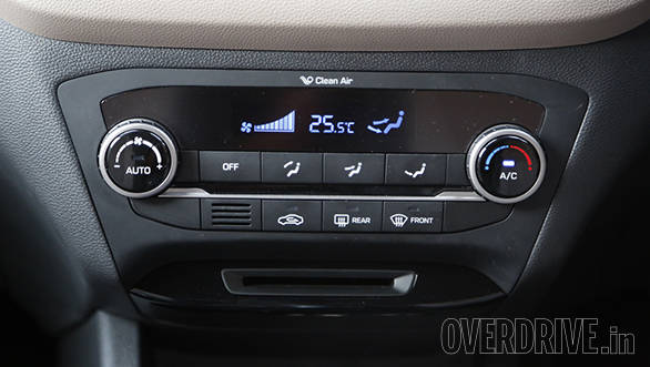 The audio system, like in the Grand i10, comes with 1GB of media storage space