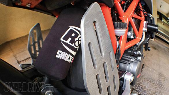 KTM 390 Duke track test (2)