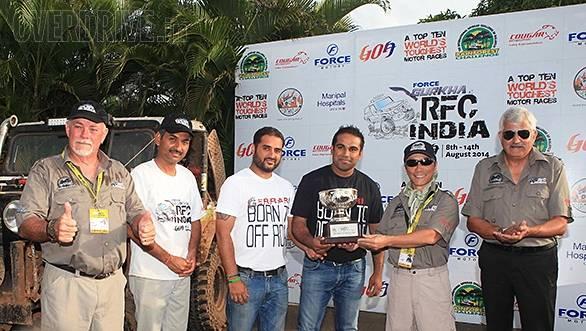 David Metcalfe, Ashish Gupta, co-driver Gagan Sachdeva, driver Kabir Waraich, Luis J.A. Wee and SPS Garcha