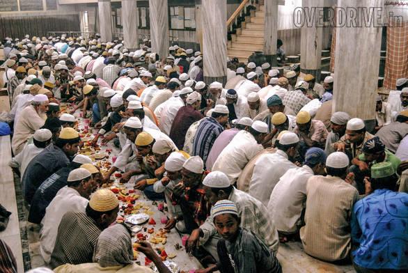 Muslims break their Ramzan or Ramadan fasting at Khatri Masjid in Pydhonie