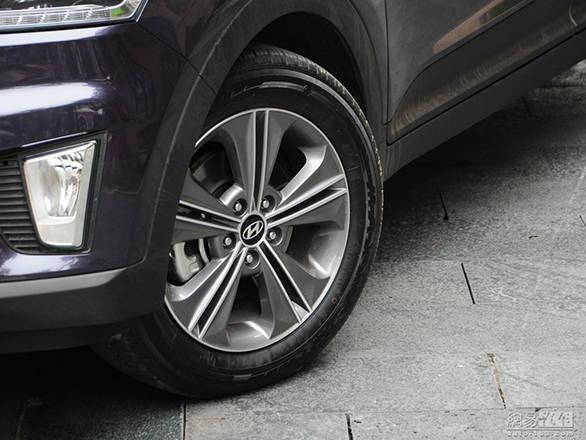 Hyundai ix25 production version (1)
