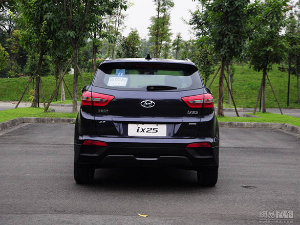 Hyundai ix25 production version (8)