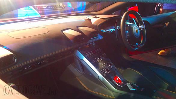 Lamborghini_Huracan_(10)