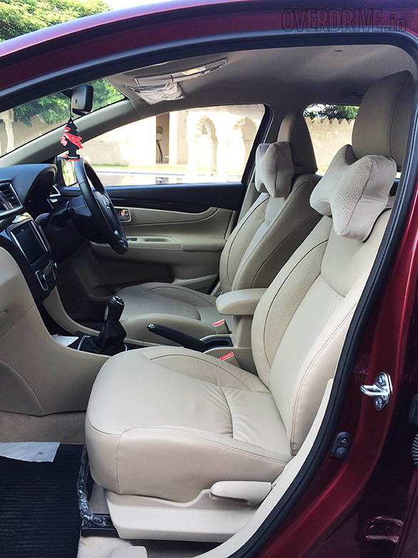 2014 maruti ciaz first look image gallery overdrive. Black Bedroom Furniture Sets. Home Design Ideas
