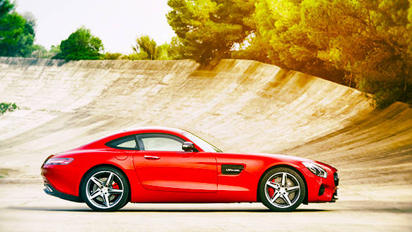 Mercedes-AMG_GT_(4)