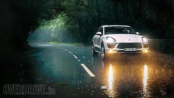 Porsche Macan S  (5)