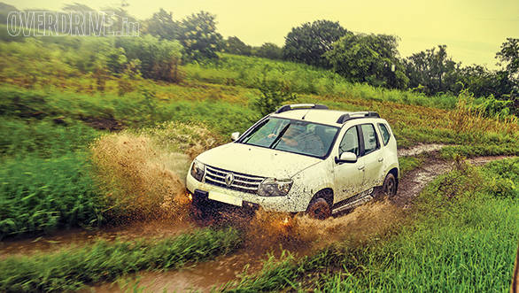 2014 Renault Duster AWD India review