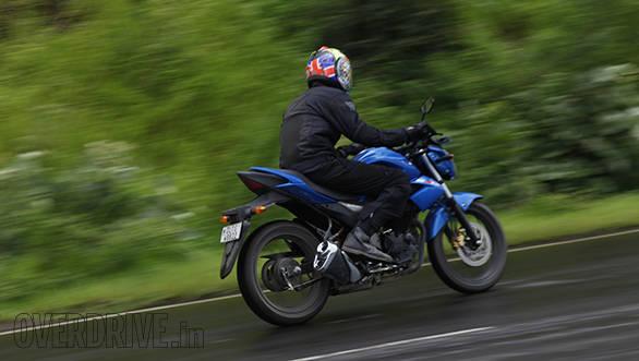 Suzuki Gixxer (14)