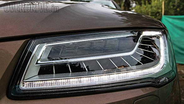 Audi A8 L headlamps