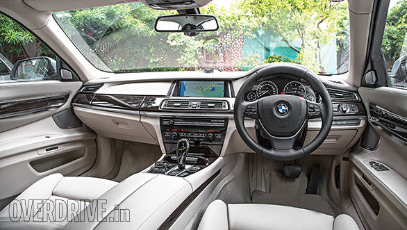 BMW ActiveHybrid 7L interior
