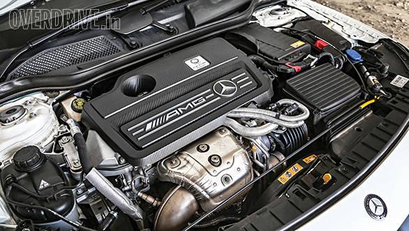 Mercedes Benz GLA 45 (6)