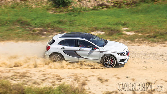 Mercedes Benz GLA 45 (7)