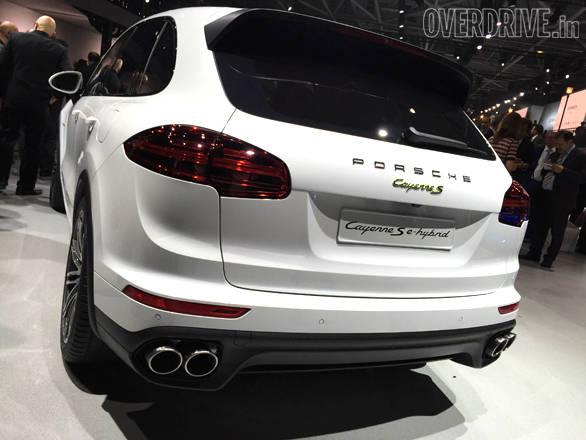 Porsche Cayenne (4)