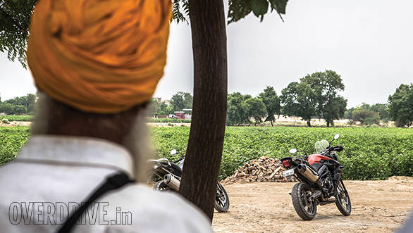 Tiger vs V-Strom Bathinda (5)