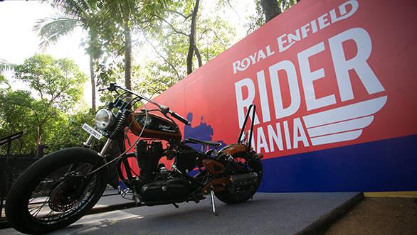 2014 Royal Enfield rider mania