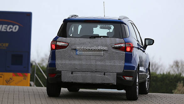 Ford EcoSport facelift spied without the rear-mounted spare tyre