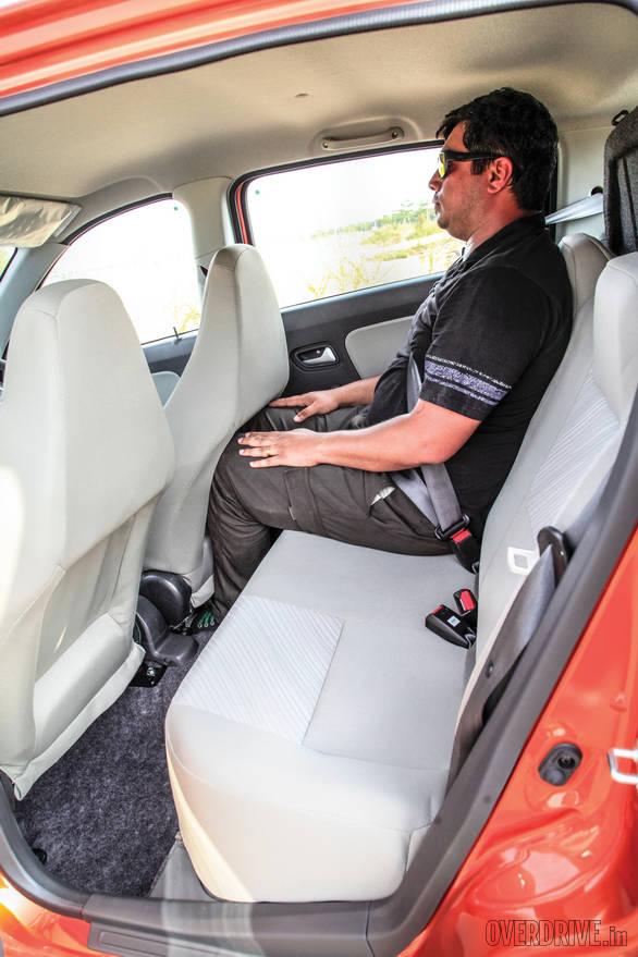 Comparo: Hyundai Eon 1 0 vs Maruti Suzuki Alto K10 - Overdrive