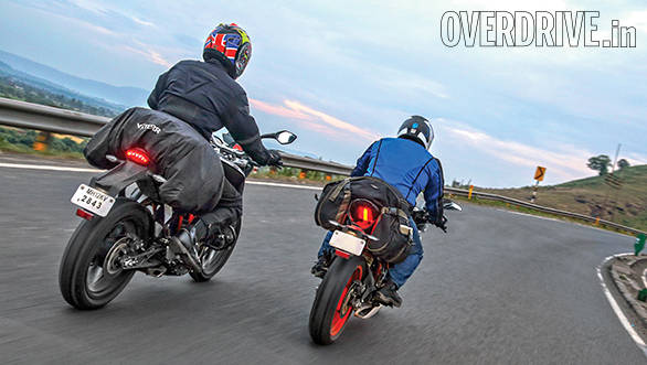 KTM RC 390 vs Duke 390 (10)