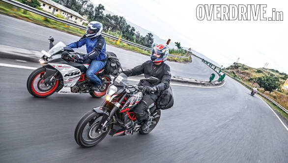 KTM RC 390 vs Duke 390 (9)