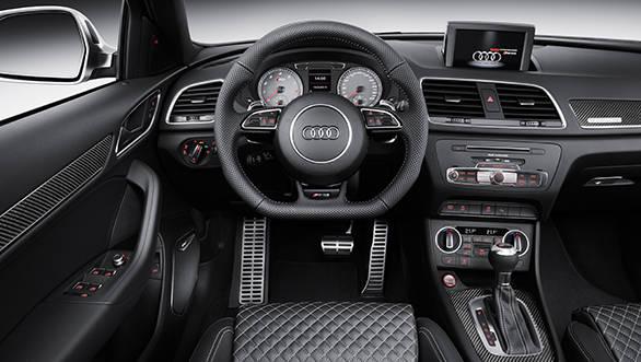 2015 Audi RSQ3 (1)