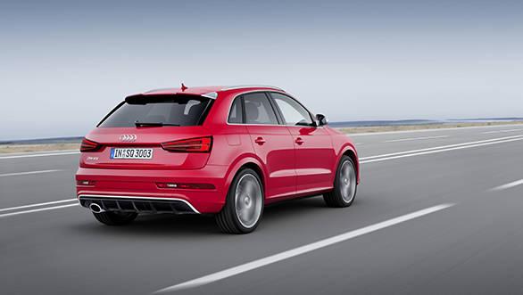 2015 Audi RSQ3 (5)