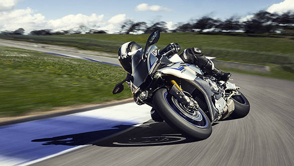 2015 Yamaha YZF-R1 and R1 M launched in India at Rs 22.34 lakh and Rs 29.43 lakh respectively