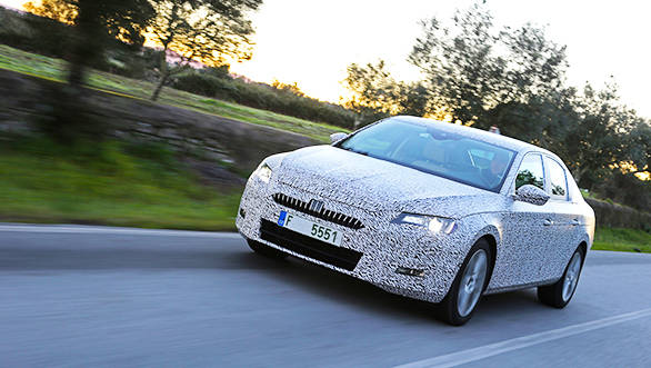 2016 Skoda Superb teased before its official unveil in February 2015