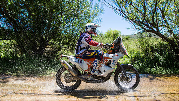 CS Santosh on the way to his completing Dakar 2015