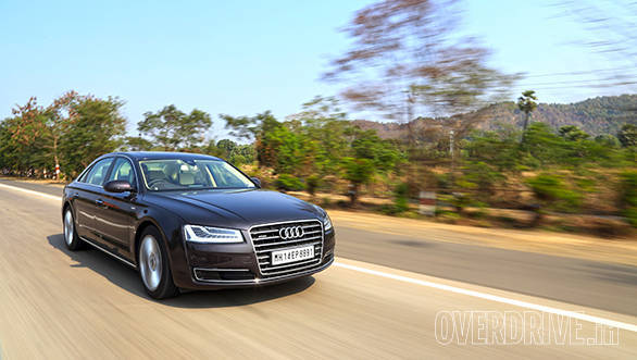 Audi A8 (6)