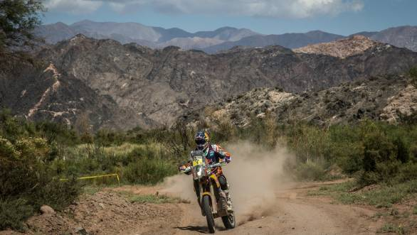 Dakar 2015: Marc Coma plays catch up, wins Stage 5