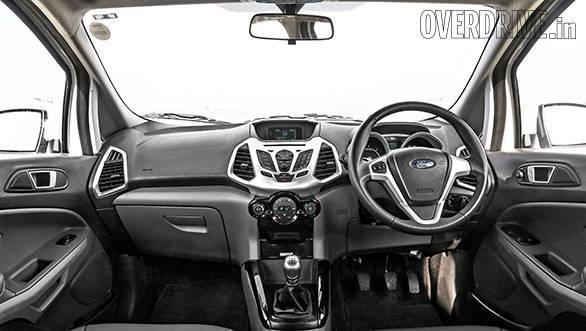 Ford EcoSport vs Fiat Avventura vs Toyota Etios Cross (5)