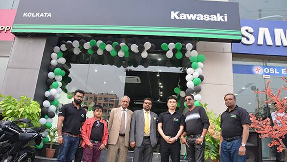 Kawasaki Kolkata showroom_resized
