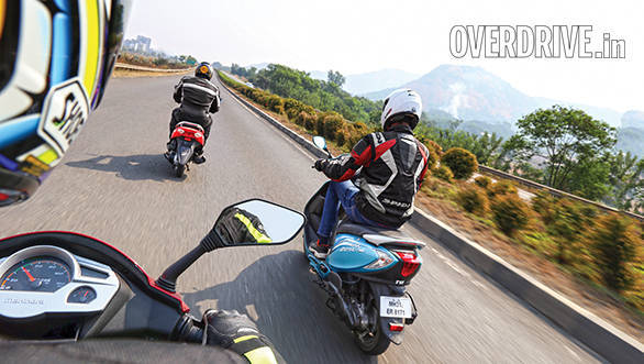 Mahindra Gusto vs Suzuki Let's vs TVS Scooty Zest (2)