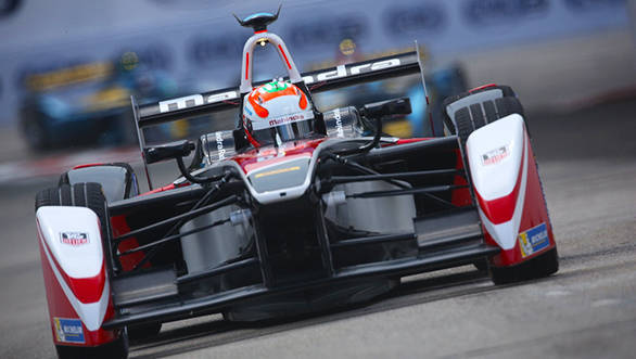 Karun Chandhok and Team Mahindra Racing get set for the e-prix of Argentina