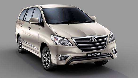 Toyota_Innova_2015