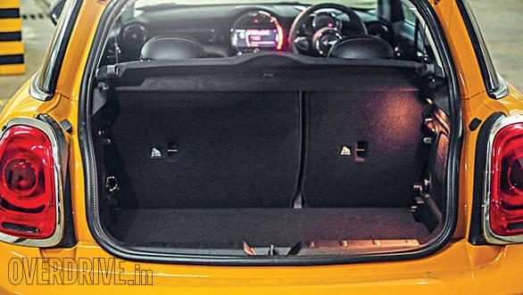 2014 Mini Cooper D 3-door (6)