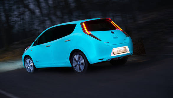Nissan glow in the dark Leaf