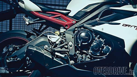 Triumph Daytona 675R (4)