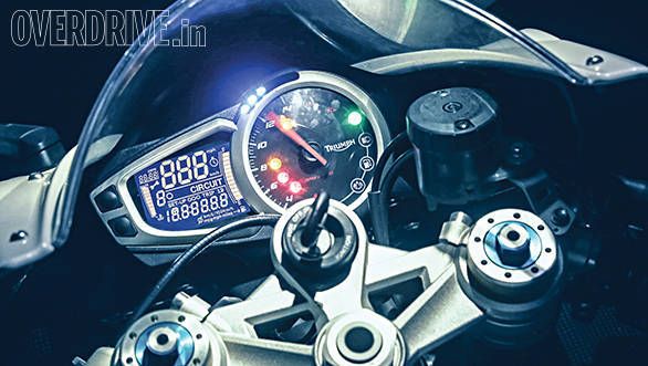 Triumph Daytona 675R (6)