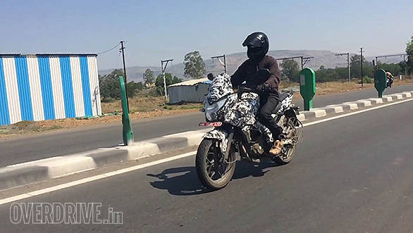 Video: Bajaj Pulsar 200 Adventure Sport (200 AS) spied testing in India