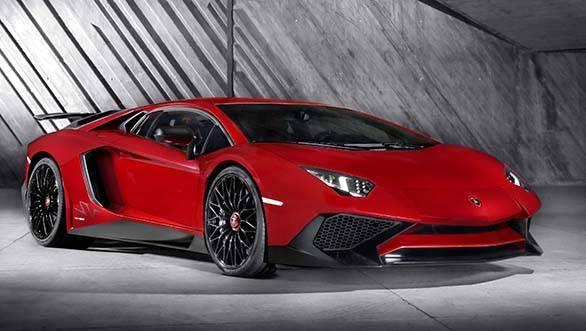 Lamborghini_Aventador_LP_750-4_Superveloce_3-4_Front