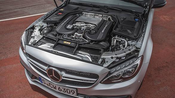 Mercedes-AMG C 63 S, designo iridiumsilber magno, Fahrvorstellun