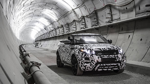 Range_Rover_Evoque_Convertible_Crossrail_2_(3)