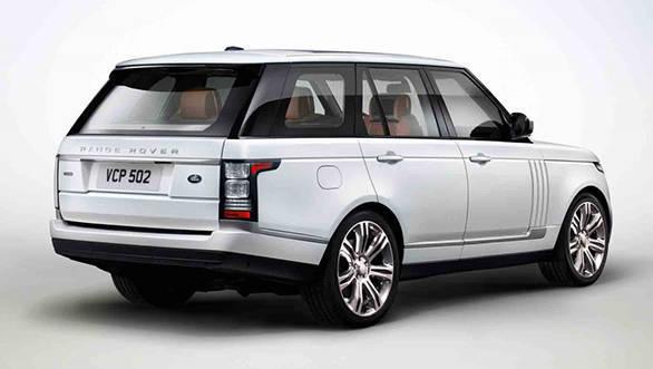 2013-Range-Rover-Black-rear-three-quarters-1024x678