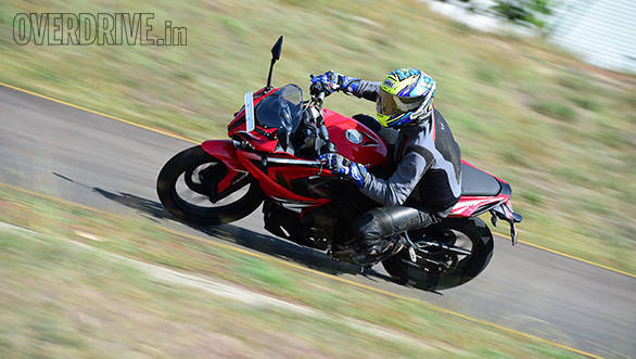 Bajaj Pulsar RS200 first ride review