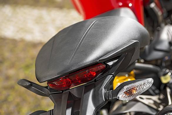Ducati Monster 821 (10)