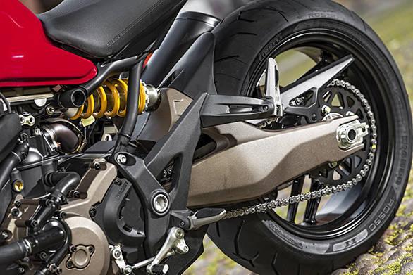 Ducati Monster 821 (13)