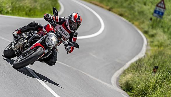 Ducati Monster 821 (15)