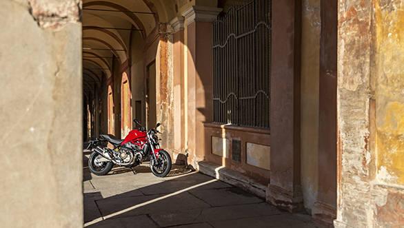 Ducati Monster 821 (22)