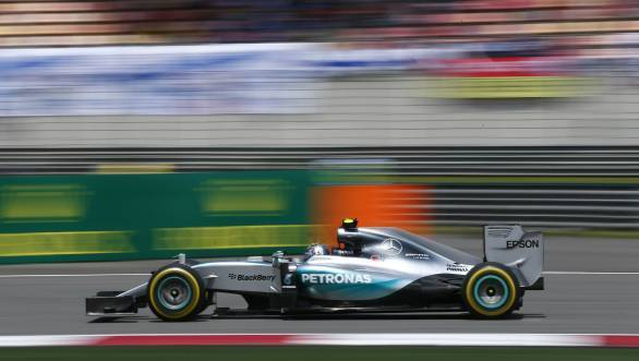 Pole, fastest lap and race win for Lewis Hamilton at the 2015 Chinese GP